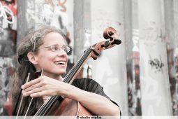 Jessica Kuhn aus dem ensemble sonorizzonte
