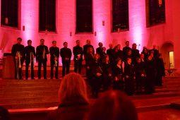 Ensemble Chrismós interpretiert klassische geistliche Musik völlig neu!