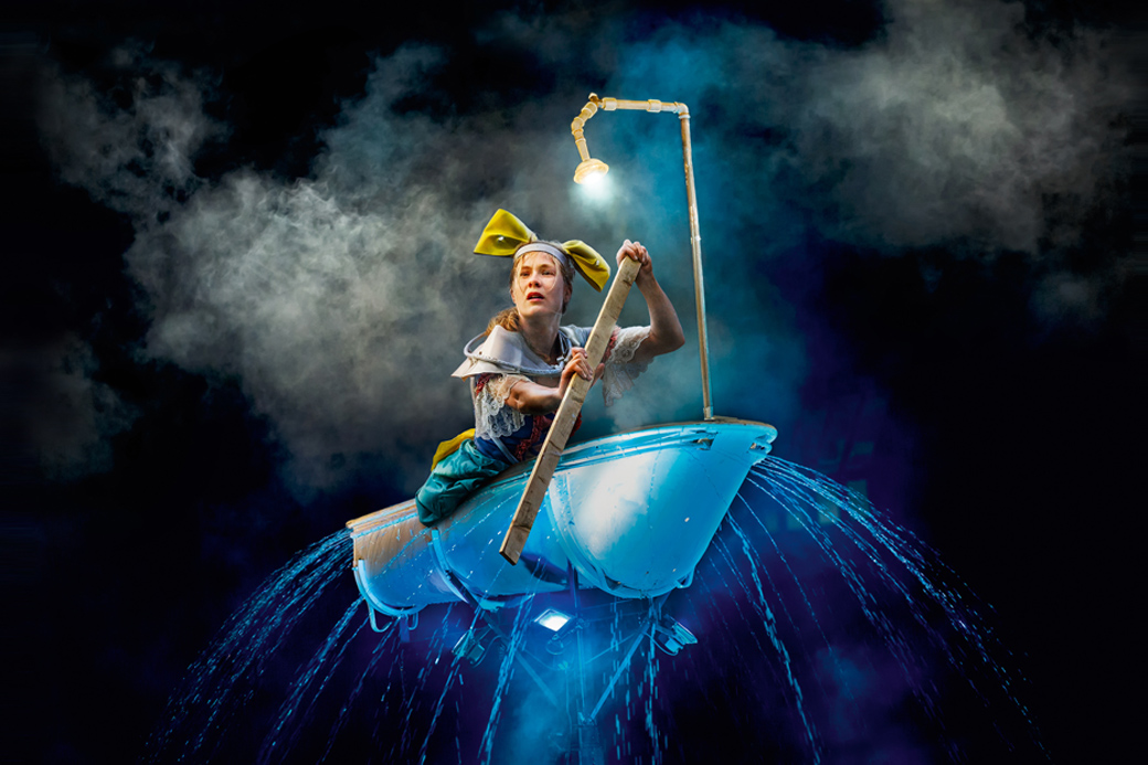 """Fotografie Theaterstück """"Alice on the Run"""" Theater Titanick"""