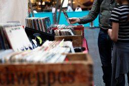 Schallplatten- & CD-Börse, Flohmarkt_1040x693