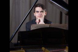 Festlicher Klavierabend mit Dmitry Mayboroda, TTMuSem_12_20_1040x693