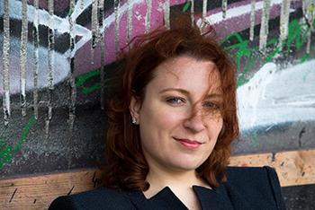TT_Mue_Musikseminar_02_21_Natalya Boeva 3 by Adrienne Meister Haare etw ins Gesicht farbe_350